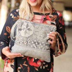 The Bryndle Clutch - Myra Bag